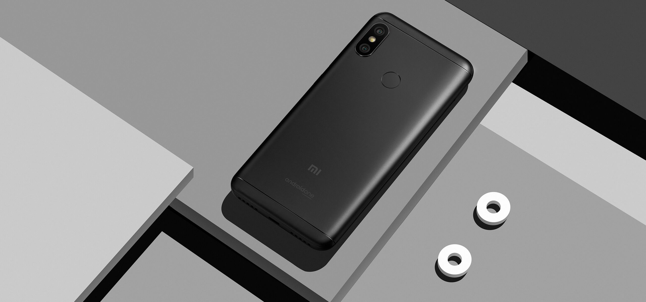 Xiaomi Mi A2 Lite дизайн
